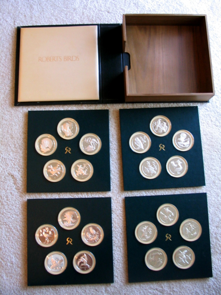 Franklin Mint Roberts Birds Medals